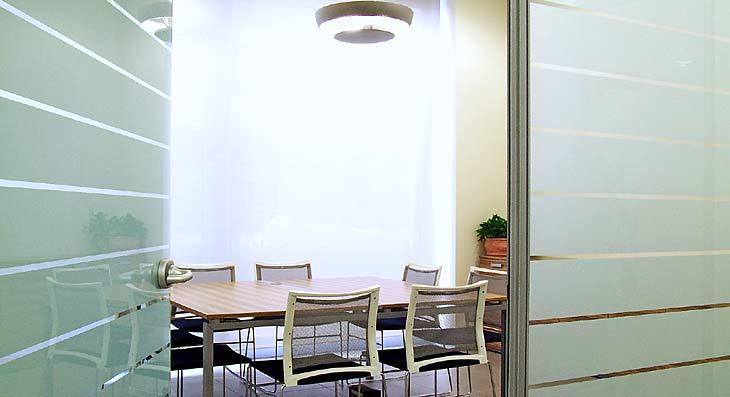 Arredamento uffici, pareti vetrate