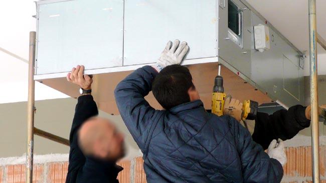 Montaggio recuperatore calore per impianti di climatizzazione